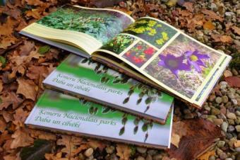 """ĶNP 20. jubilejas gadā izdod foto grāmatu """"Ķemeru Nacionālais parks. Daba un cilvēki"""""""